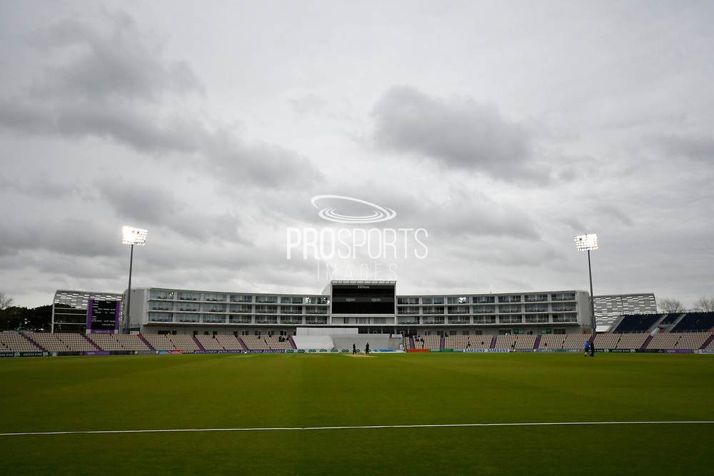 The floodlights are on at the Ageas Bowl as bad light delays the start of play during the first day of the Specsavers County Champ Div 1 match between Hampshire County Cricket Club and Essex County Cricket Club at the Ageas Bowl, Southampton, United Kingdom on 5 April 2019.