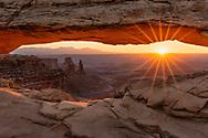 Canyonlands National Park, Mesa Arch, sunburst, sunrise, Utah