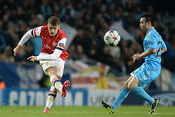 26.11.2013, The Emirates Stadium, London, ENG, UEFA CL, FC Arsenal vs Olympique Marseille, Gruppe F, im Bild Arsenal's Aaron Ramsey // Arsenal's Aaron Ramsey during UEFA Champions League group F match between FC Arsenal and Olympique Marseille at the The Emirates Stadium in London, Great Britain on 2013/11/26. EXPA Pictures © 2013, PhotoCredit: EXPA/ Mitchell Gunn<br /> <br /> *****ATTENTION - OUT of GBR*****