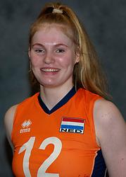 24-12-2019 NED: Photoshoot selection of Orange Youth Girls, Arnhem<br /> Orange Youth Girls 2019 - 2020 / Tess Leemreize #12