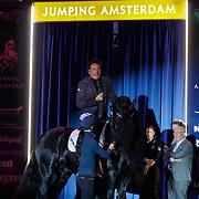 NLD/Amsterdam/20190125- Jumping Amsterdam 2019, optreden Gerard Joling op een paard