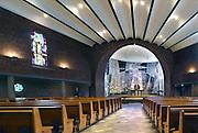 Nederland, Weert, 2-6-2016Kerk Onbevlekt Hart van Maria, nu Fatima Huis, ontwerp van architect Pierre Weegels met kuntwerken van  Charles Eyck, Cor van Geleuken, en  Hugo Brouwer . Industrieel Thijs Hendrix heeft de kerk gekocht om het een centrum van cultuur en religie te maken . De doelstelling van het Fatima Huis is om het voormalige kerkgebouw te gebruiken voor maatschappelijke doeleinden, vooral sociale, educatieve en culturele activiteiten. Kerk waarvan de eerste steen werd gelegd op 19 april 1954 en die werd ingezegend op 25 maart 1955. Hij wil een boost geven aan de bekendheid en het toerisme van Weert.Foto: Flip Franssen