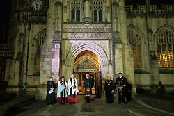 November 11, 2018 - Manchester, Greater Manchester, UK - Manchester, UK. A lone piper plays during a service of remembrance for those killed in war , is held at 6am outside Manchester Cathedral , on the morning of the 100th anniversary of Armistice Day , marking the end of the First World War  (Credit Image: © Joel Goodman/London News Pictures via ZUMA Wire)