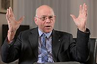 17 DEC 2019, BERLIN/GERMANY:<br /> Norbert Lammert, CDU, Vorsitzender der Konrad-Adenauer-Stiftung, KAS, waehrend einem Interview, in seinem Buero, Konrad-Adenauer-Stiftung<br /> IMAGE: 20191217-02-0<br /> KEYWORDS: Büro