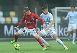 Mads Kaalund (Silkeborg IF) og Frederik Juul Christensen (FC Helsingør) under kampen i 1. Division mellem Silkeborg IF og FC Helsingør den 21. november 2020 i JYSK Park (Foto: Claus Birch).