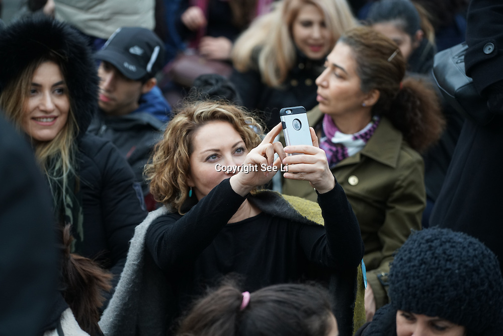 Hundreds attends the The Salesman, Trafalgar Square,London,UK. by See Li