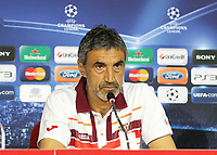 20100817: BRAGA, PORTUGAL - Sevilla FC training session before UEFA Champions League 2010/2011 Play-off match against SC Braga. In picture: coach Antonio Alvarez Giraldez at the pre-match press conference. PHOTO: CITYFILES