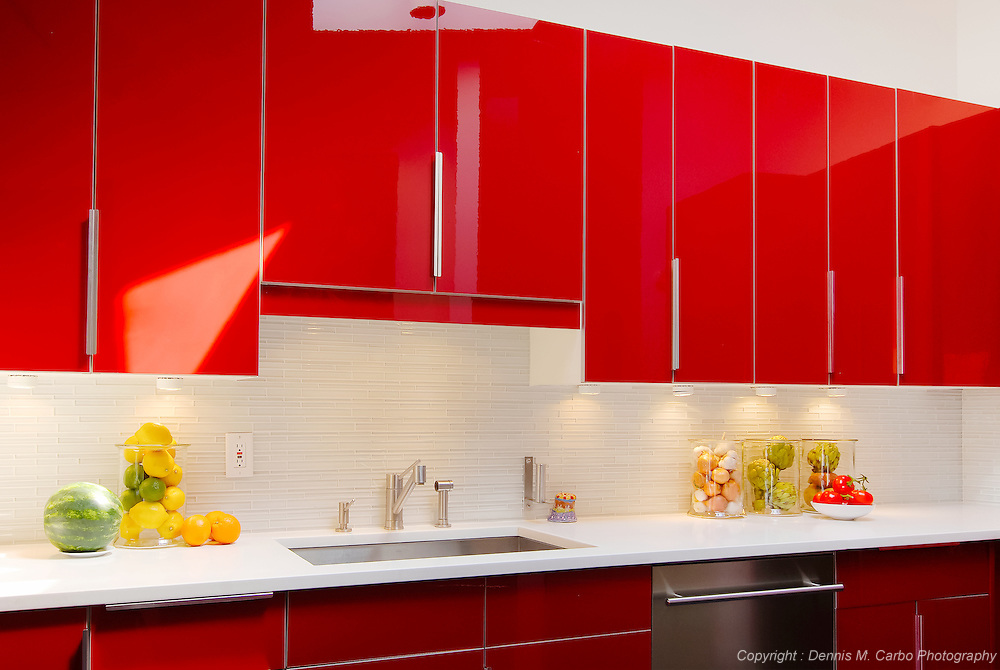 Red Lacquer Kitchen Sink