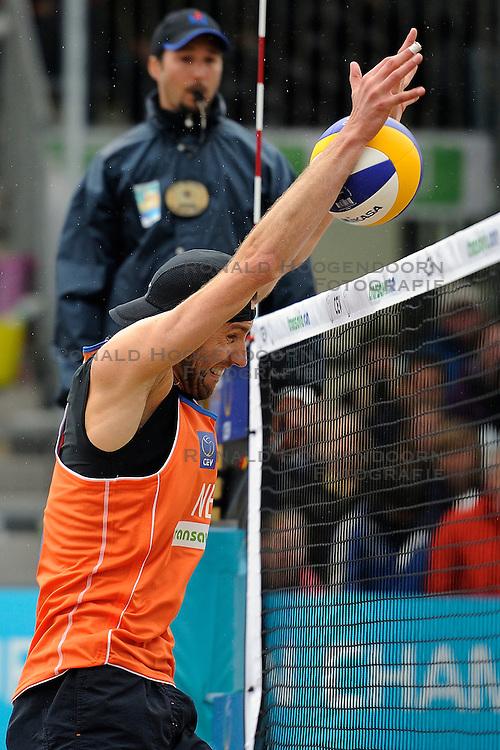 03-06-2012 VOLLEYBAL: EK BEACHVOLLEYBAL FINAL: SCHEVENINGEN<br /> Emiel Boersma<br /> ©2012-FotoHoogendoorn.nl