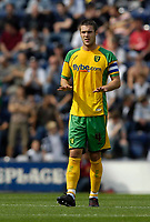 Photo: Jed Wee/Sportsbeat Images. <br /> Preston North End v Norwich City. Coca Cola Championship. 11/08/2007. <br /> <br /> Norwich captain Jason Shackell urges calm as his team are put on the back foot in the first half.