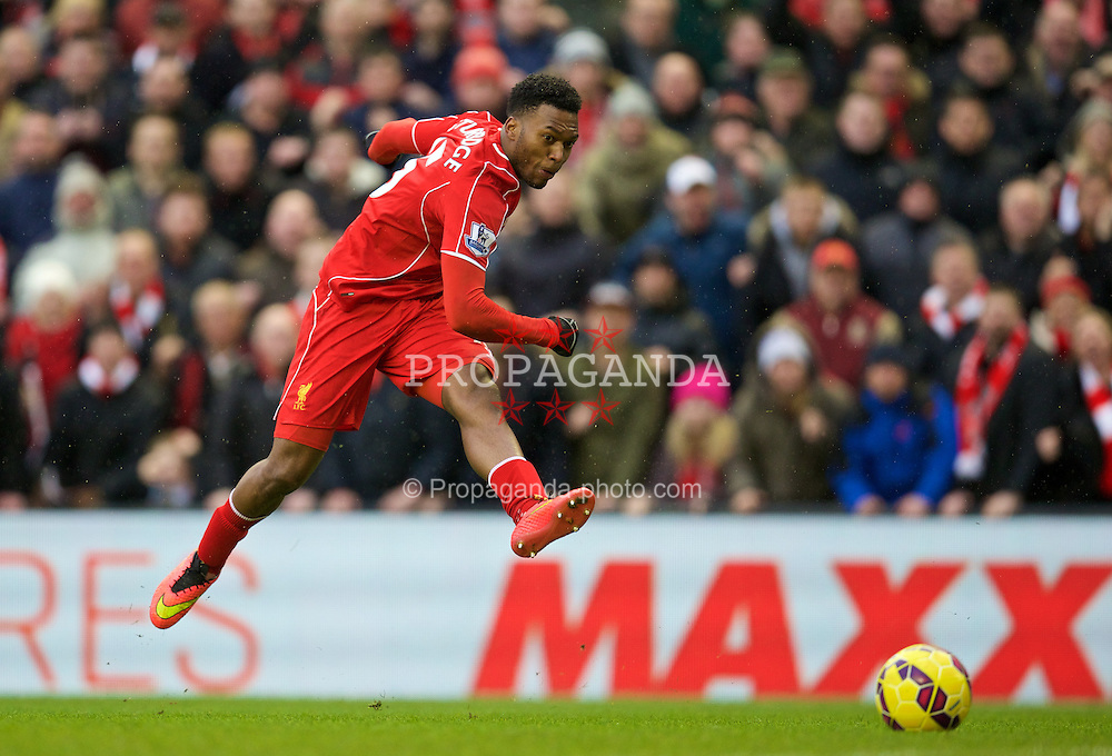LIVERPOOL, ENGLAND - Sunday, March 1, 2015: Liverpool's Daniel Sturridge in action against Manchester City during the Premier League match at Anfield. (Pic by David Rawcliffe/Propaganda)