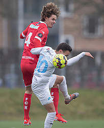 Thomas Kristensen (FC Helsingør) og Younes Bakiz (FC Roskilde) under træningskampen mellem FC Roskilde og FC Helsingør den 15. februar 2020 i Roskilde Idrætspark (Foto: Claus Birch).