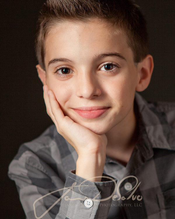 Portrait and Life-style imagery. Faces Portraits of all ages Portraits and life images for personal and professional intentions.