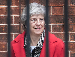 © Licensed to London News Pictures. 16/11/2018. London, UK. Prime Minister Theresa May leaves Downing Street by the back door to head for her constituency for the weekend. Photo credit: Peter Macdiarmid/LNP