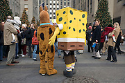 Sponge Bob Square Pants entertaining crowd in New York City