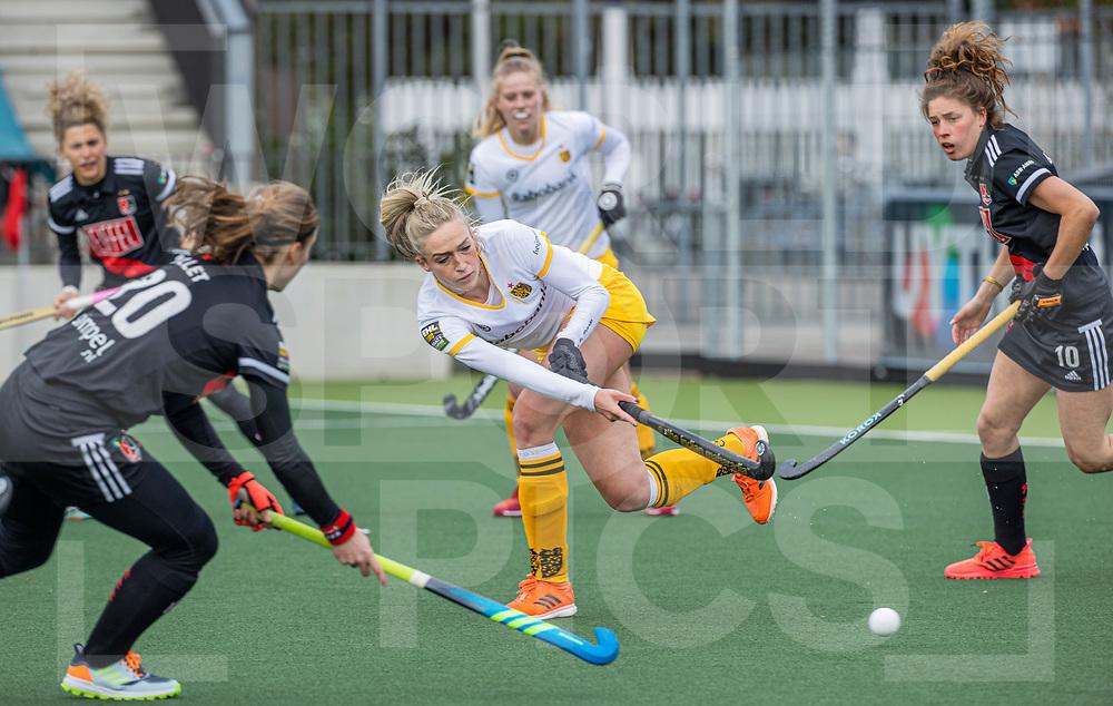 AMSTELVEEN - Sanne Koolen (DenBosch)  tijdens  de hoofdklasse hockey competitiewedstrijd dames, Amsterdam-Den Bosch (0-1)  COPYRIGHT WORLDSPORTPICS KOEN SUYK