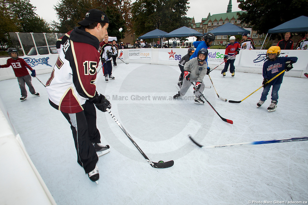 Hockey competition on Superglide synthetic skating surface -  Concordia Stadium / Montreal / Canada / 2009-09-27, Marc Gibert/ adecom.ca