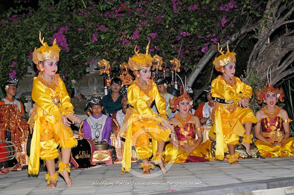 Legong, Balinesische Taenzer, Balinesischer Tanz, Balinese dance, Balinese dancer, Pemuteran, Bali, Indonesien, Indonesia Asien,  Asia