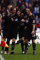 Fotball<br /> England 2004/2005<br /> Foto: SBI/Digitalsport<br /> NORWAY ONLY<br /> <br /> 27/11/2004 <br /> The Coca Cola Championship.<br /> Reading V Wigan Athletic<br /> <br /> Wigan's Alan Mahon (centre, facing) celebrates his goal