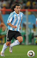 Fotball<br /> VM 2010<br /> 12.06.2010<br /> Argentina v Nigeria<br /> Foto: Witters/Digitalsport<br /> NORWAY ONLY<br /> <br /> Carlos Tevez (Argentinien)<br /> Fussball WM 2010 in Suedafrika, Vorrunde, Argentinien - Nigeria