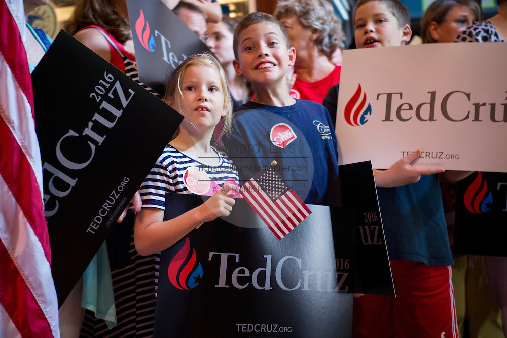 Young supporters cheer for U.S. Senator and GOP presidential candidate Ted Cruz to arrive for the kick off of his campaign bus tour at the Liberty Tap Room restaurant August 7, 2015 in Mt Pleasant, South Carolina. Cruz began a seven-day bus tour called the Cruz Country Bus Tour of southern states following the event.