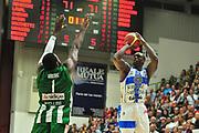 DESCRIZIONE : Campionato 2014/15 Dinamo Banco di Sardegna Sassari - Sidigas Scandone Avellino<br /> GIOCATORE : Rakim Sanders<br /> CATEGORIA : Tiro Tre Punti<br /> SQUADRA : Dinamo Banco di Sardegna Sassari<br /> EVENTO : LegaBasket Serie A Beko 2014/2015<br /> GARA : Dinamo Banco di Sardegna Sassari - Sidigas Scandone Avellino<br /> DATA : 24/11/2014<br /> SPORT : Pallacanestro <br /> AUTORE : Agenzia Ciamillo-Castoria / M.Turrini<br /> Galleria : LegaBasket Serie A Beko 2014/2015<br /> Fotonotizia : Campionato 2014/15 Dinamo Banco di Sardegna Sassari - Sidigas Scandone Avellino<br /> Predefinita :