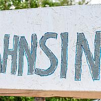 18.05.2020, Ortanfang Weiler, Weiler-Simmerberg, GER, , ein Anwohner hat einige Protestschilder, die bei den derzeitigen Corona-Protesten verwendet werden, am Strassenrand aufgestellt.<br /> im Bild Protestschild mit Bezug auf Jens Spahn<br /> <br /> Foto © nordphoto / Hafner