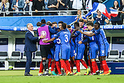 SAINT-DENIS, FRANCE, 10.06.2016 - FRANCE-ROMANIA - Dimitri Payet of France celebrates his goal with teammates in the match against Romania in a match valid for the 1st round of Group A of Euro 2016 in the Stade de France in Saint- Denis, on Friday (10).