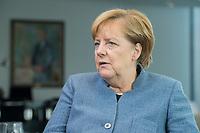 09 OCT 2017, BERLIN/GERMANY:<br /> Angela Merkel, CDU, Bundeskanzlerin, waehrend einem Interview, in ihrem Buero, Bundeskanzleramt<br /> IMAGE: 20171009-01-008<br /> KEYWORDS: Büro