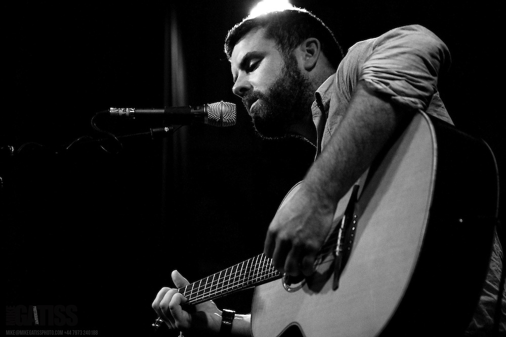 MIck Flannery performing live at the Deaf Institute, Manchester, United Kingdom, 2009-09-27