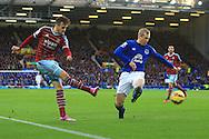West Ham's Carl Jenkinson puts in a cross - Everton vs. West Ham United - Barclay's Premier League - Goodison Park - Liverpool - 22/11/2014 Pic Philip Oldham/Sportimage