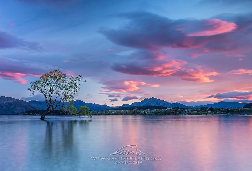 Lake Wanaka Sunrise, Central Otago, New Zealand