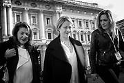 Giorgia Meloni per le strade di Roma il 13 gennaio 2016. Christian Mantuano / OneShot