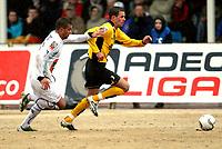 Fotball , 13. april 2008 , Adeccoligaen , 1. divisjon , Hønefoss - Start 3-3, <br /> Branislav Milicevic , Start og Kamal Saaliti . Hønefoss