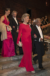 Kirstine von Blixen-Finecke, Garth Sylbing <br /> <br />  <br /> <br />  beim Nobelbankett 2016 im Rathaus in Stockholm / 101216 <br /> <br /> <br /> <br /> ***The Nobel banquet, Stockholm City Hall, December 10th, 2016***
