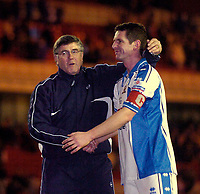 Photo: Jed Wee.<br /> Middlesbrough v Nuneaton Borough. The FA Cup. 17/01/2006.<br /> <br /> Nuneaton manager Roger Ashby (L) congratulates captain Neil Moore on a job well done.