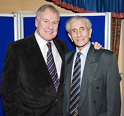 LIVERPOOL, ENGLAND - Friday, November 27, 2009: Former Everton manager Joe Royle with ex-player Dave Hickson at the Health Through Sport charity dinner at the Devonshire House. (Photo by David Rawcliffe/Propaganda)