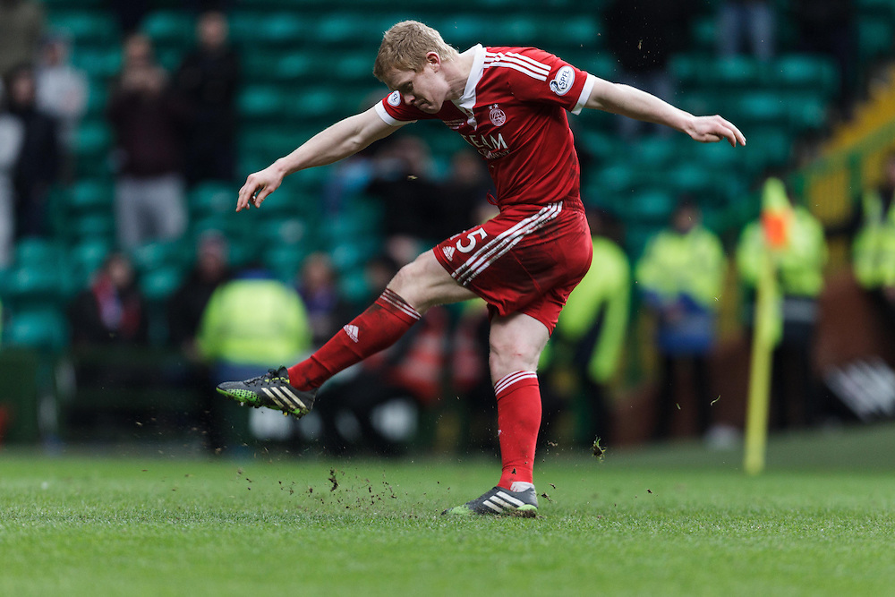 Scottish League Cup Final Aberdeen V Inverness CT at Parkhead on Sunday, 16th of March 2014, Aberdeen Scotland.<br /> Pictured: Barry Robson takes his spot kick <br /> (Photo Ross Johnston/Newsline Scotland)
