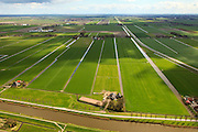Nederland, Beemster, Westdijk, 16-04-2012; Roan, manege IJslandse paarden.  Beemster, Westdijk met Beemsterringvaart. Aan de horizon Midden-Beemster..Roan, icelandic horses breeder and riding school with stables and arena in the middle of the polder Beemster. Historic regular land division. luchtfoto (toeslag), aerial photo (additional fee required).foto/photo Siebe Swart