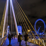Passeggiando sul Golden Jubilee Bridges, sullo sfondo la ruota panoramica London Eye<br /> <br /> Storlling on the Golden Jubilee Bridges, the Ferri wheel London Eye on background.<br /> <br /> #350d #photooftheday #picoftheday #bestoftheday #instadaily #instagood #follow #followme #nofilter #everydayuk #canon #buenavistaphoto #photojournalism #flaviogilardoni <br /> <br /> #london #uk #greaterlondon #londoncity #centrallondon #cityoflondon #londonuk #visitlondon #GoldenJubileeBridges<br /> <br /> #photo #photography #photooftheday #photos #photographer #photograph #photoofday #streetphoto #photonews #amazingphoto #dailyphoto #goodphoto #myphoto #photoftheday #photogalleries #photojournalist #photolibrary #photoreportage #pressphoto #stockphoto #todaysphoto #urbanphoto