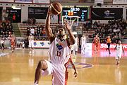 DESCRIZIONE : Roma Lega serie A 2013/14 Acea Virtus Roma Grissin Bon Reggio Emilia<br /> GIOCATORE : Jordan Taylor<br /> CATEGORIA : schiacciata <br /> SQUADRA : Acea Virtus Roma<br /> EVENTO : Campionato Lega Serie A 2013-2014<br /> GARA : Acea Virtus Roma Grissin Bon Reggio Emilia<br /> DATA : 22/12/2013<br /> SPORT : Pallacanestro<br /> AUTORE : Agenzia Ciamillo-Castoria/ManoloGreco<br /> Galleria : Lega Seria A 2013-2014<br /> Fotonotizia : Roma Lega serie A 2013/14 Acea Virtus Roma Grissin Bon Reggio Emilia<br /> Predefinita :