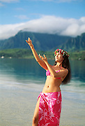 Polynesian woman, Hawaii, lei, pareau, girl, hula, dancer, south pacific, .