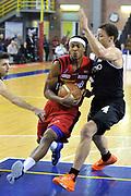DESCRIZIONE: Casale Monferrato Campionato LNP ADECCO GOLD 2013/2014 Novipiu Casale Monferrato-Aquila Basket Trento<br /> GIOCATORE: David Jackson<br /> CATEGORIA: equilibrio penetrazione atletica<br /> SQUADRA: Novipiu Casale Monferrato<br /> EVENTO: Campionato LNP ADECCO GOLD 2013/2014<br /> GARA: Novipiu Casale Monferrato-Aquila Basket Trento<br /> DATA: 22/12/2013<br /> SPORT: Pallacanestro <br /> AUTORE: Junior Casale/Gianluca Gentile<br /> Galleria: LNP GOLD 2013/2014<br /> Fotonotizia: Casale Monferrato Campionato LNP ADECCO GOLD 2013/2014 Novipiu Casale Monferrato-Aquila Basket Trento<br /> Predefinita: