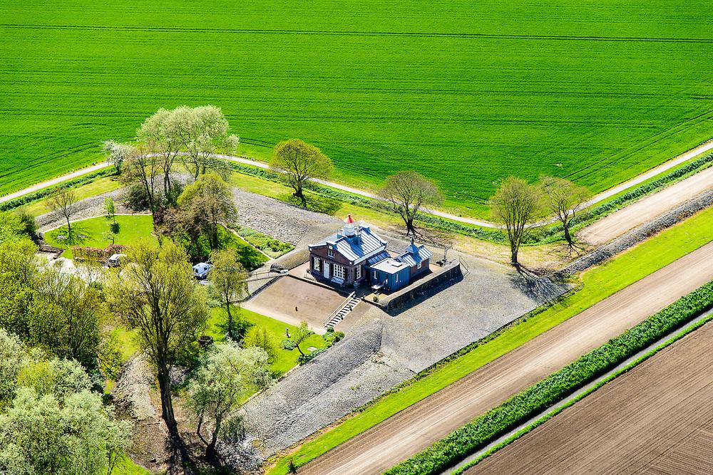 Nederland, Flevoland, Noordoostpolder, 07-05-2015; Oud Kraggenburg, voormalige vluchthaven met lichtwachterswoning gebouwd op een terp in de voormalige Zuiderzee.<br /> Former refuge (harboor) with lighthouse keeper house.<br /> luchtfoto (toeslag op standard tarieven);<br /> aerial photo (additional fee required);<br /> copyright foto/photo Siebe Swart