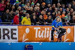 11-12-2016 NED: ISU World Cup Speed Skating, Heerenveen<br /> Claudia Pechstein GER pakt zilver op de 5000 m en coach  Peter Mueller