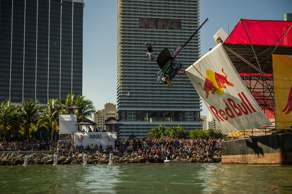 Flying Cox  -  Performs at RedBull Flugtag in Miami, Florida on 11/03/2012
