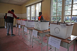 LUSAKA, Aug. 11, 2016 (Xinhua) -- A voter casts his ballot at a polling station in Lusaka, capital of Zambia, on Aug. 11, 2016. Polling started Thursday morning for Zambia' s general elections and referendum. About 6.7 million registered voters are expected to cast their ballots at nearly 7,700 polling stations across the country, which opened from 6 a.m to 6 p.m. (Xinhua/Peng Lijun) (syq) (Credit Image: © Peng Lijun/Xinhua via ZUMA Wire)