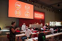 DEU, Deutschland, Germany, Berlin, 22.08.2020: Landesparteitag von DIE LINKE im Estrel Convention Center in Neukölln. Es ist der erste nicht-virtuelle Parteitag einer Partei in der Corona-Pandemie. Es gelten strikte Abstands- und Hygieneregeln sowie Maskenpflicht (ausser an den Plätzen), so sollen Ansteckungen mit dem Coronavirus vermieden werden.