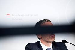 "25.02.2019, Innenministerium, Wien, AUT, Bundesregierung, Pressekonferenz zum Thema ""Aktuelles aus dem Bereich Asyl und Fremdenwesen, im Bild Innenminister Herbert Kickl (FPÖ) // Austrian Minister for the Interior Herbert Kickl during a media conference at the interior ministry due to asylum topic in Vienna, Austria on 2019/02/25, EXPA Pictures © 2019, PhotoCredit: EXPA/ Michael Gruber"