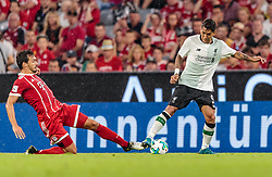 01.08.2017, Allianz Arena, Muenchen, GER, Audi Cup, FC Bayern Muenchen vs FC Liverpool, im Bild Mats Hummels (FC Bayern Muenchen), Roberto Firmino (FC Liverpool) // during the Audi Cup Match between FC Bayern Munich and FC Liverpool at the Allianz Arena, Munich, Germany on 2017/08/01. EXPA Pictures © 2017, PhotoCredit: EXPA/ JFK